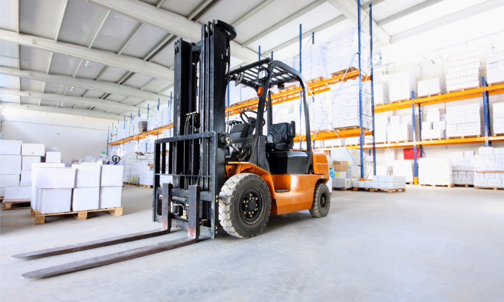 Worker struck by forklift, fine of $87,500 for packaging manufacturer