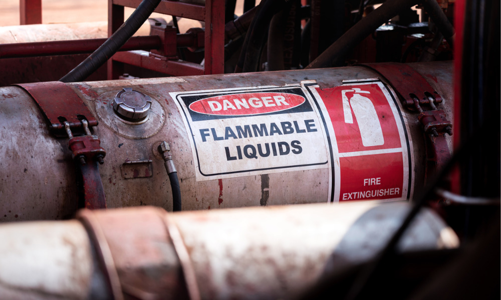 Flammable liquids: air on fire