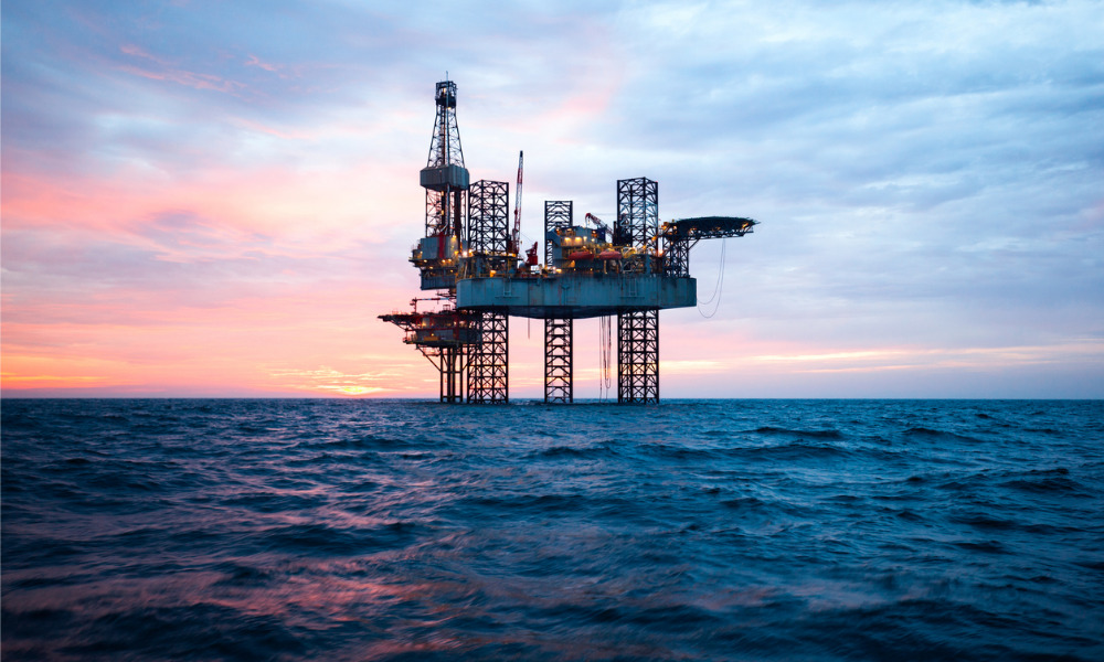 North America losing oil & gas rigs