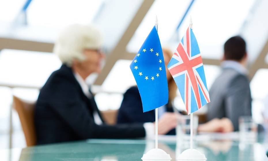 UK government position on Brexit legislation met with criticism