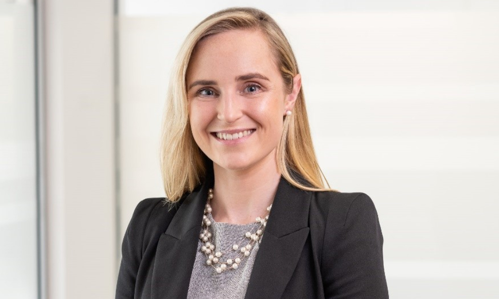 Rhodes & Co welcomes associate home