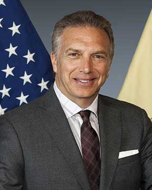 Michael Borodinsky, Branch Manager