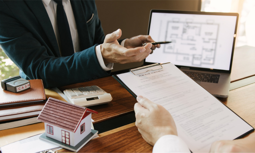 3 essential certifications for mortgage brokers