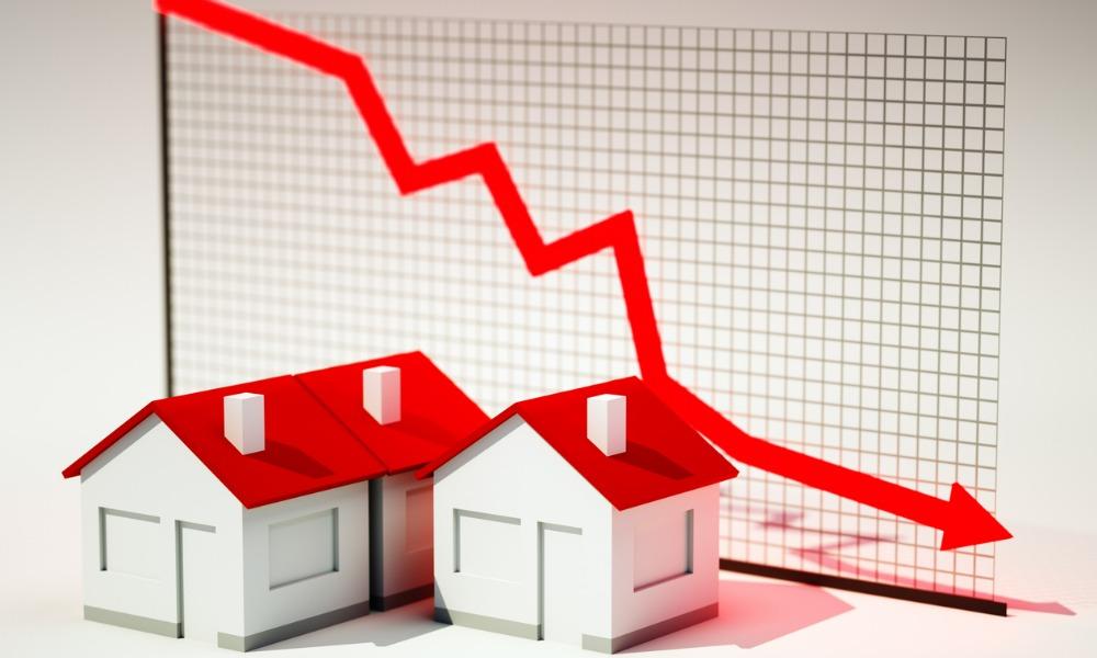 Canadian housing starts activity falls again