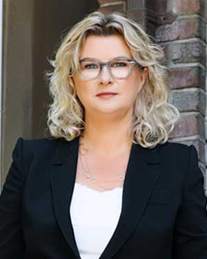 Yvonne Ziomecki, Executive Vice President, Marketing & Consumer Sales